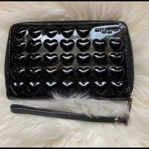 Marc Jacobs heart wallet